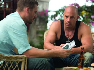 fast-and-furious-6-paul-walker-vin-diesel-400x300