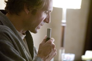 ralph-fiennes-dictaphone