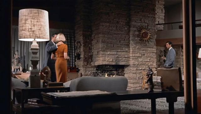 top 10 movie houses life vs film. Black Bedroom Furniture Sets. Home Design Ideas